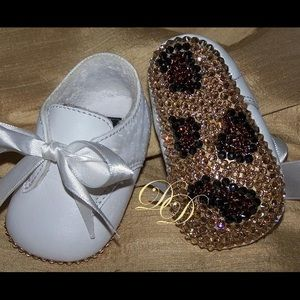 Other - Rhinestone Leaopard Baby Booties